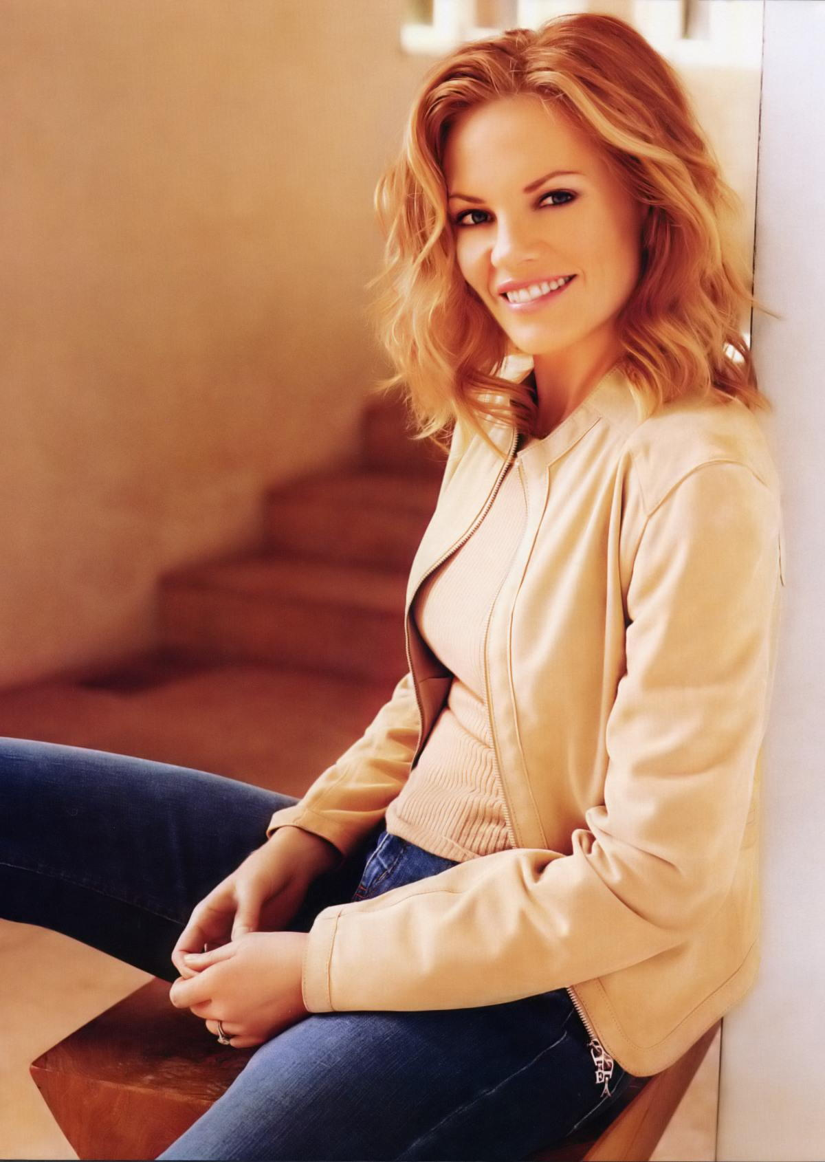 Marg Helgenberger Hot Pictures - Latinas Sexy Pics